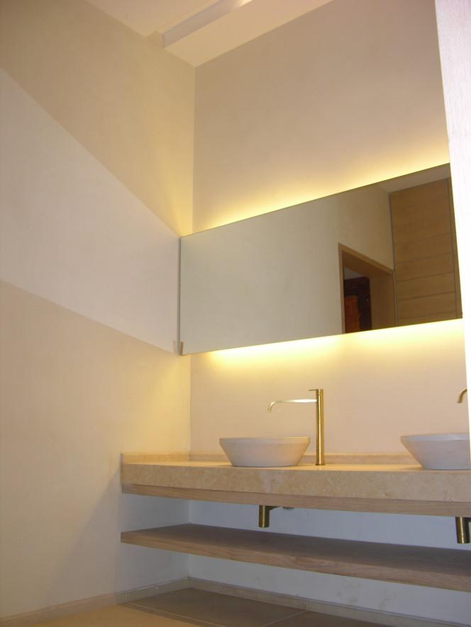 Architectural018
